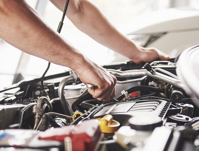 Autoliikkeet ja korjaamot
